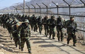 110623_North Korea_border4_109415512