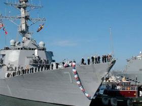 800px-US_Navy_06110