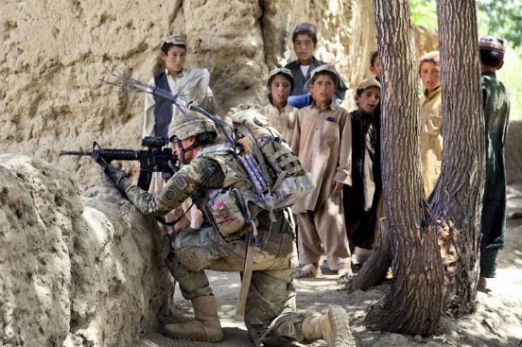 トランプ: アフガニスタン・フ...